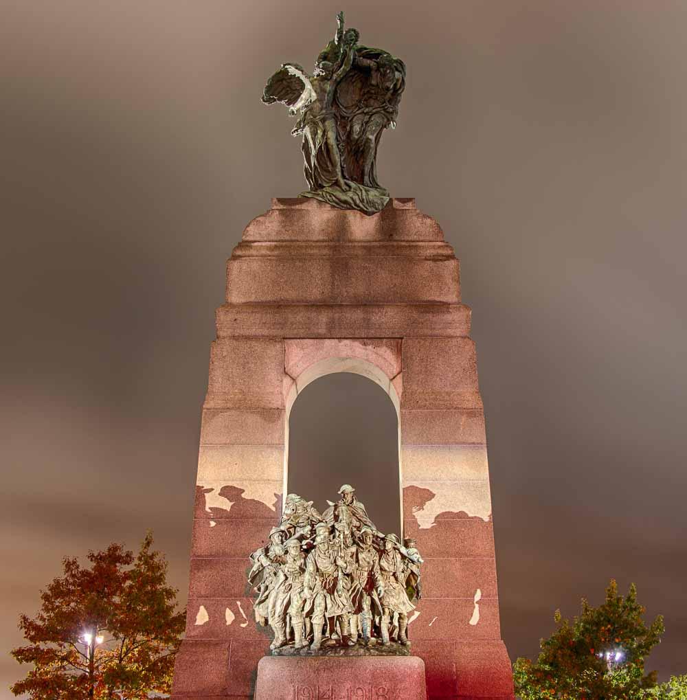 Ottawa_WarMemorial2.jpg